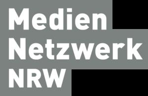 Mediennetzwerk-NRW-Logo_3-zeilig_grau-dunkel-300x195.png